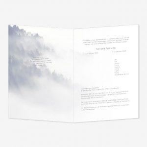 Rouwkaart Berg in mist – kader